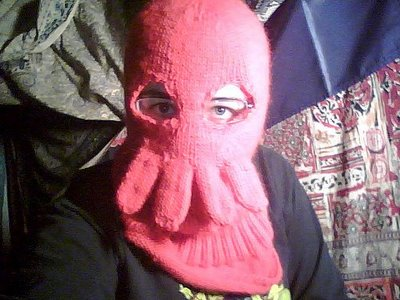 Man fisted in the face for Zoidberg impression